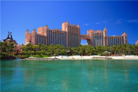Hotel and Resorts Continue to Adjust Cancellation and Change Policies
