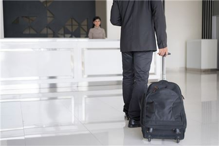 How Travel Advisors Can Secure Hotel Commissions