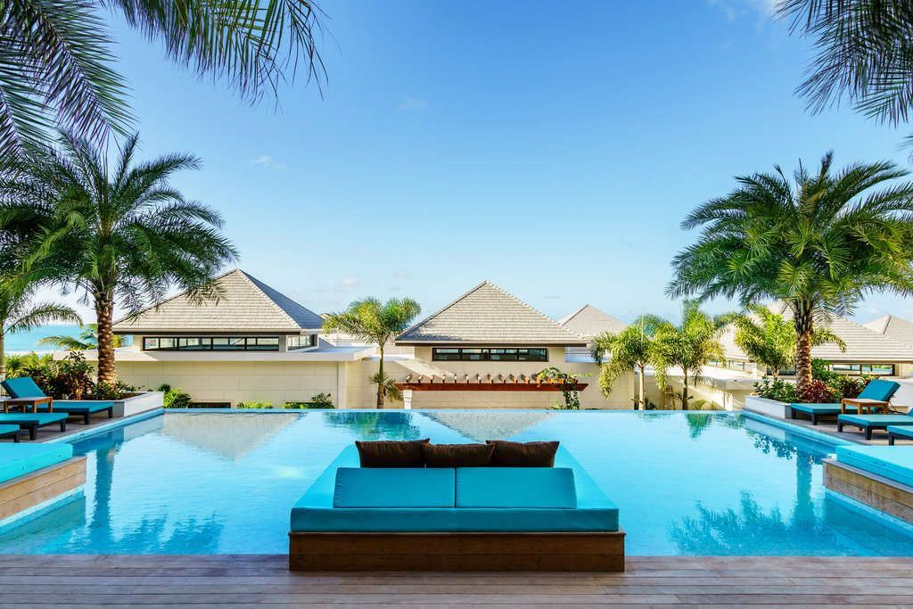 Hilton Luxury Resort