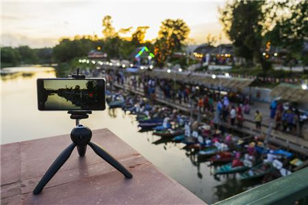 Amadeus Helps Travel Marketers Use Video to Book Sales