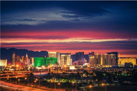 Hotels and Casinos on the Las Vegas Strip Close