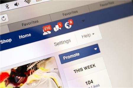What Do the New Facebook Rules Mean for Travel Agents?