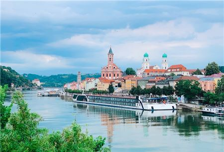 AmaWaterways Rolls Out New Webinar Series for Travel Advisors