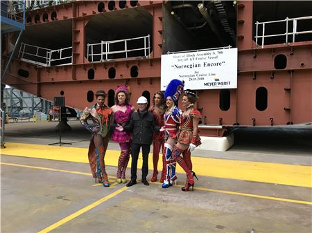 Norwegian Cruise Line Adding 'Kinky Boots' to Encore's Entertainment Lineup