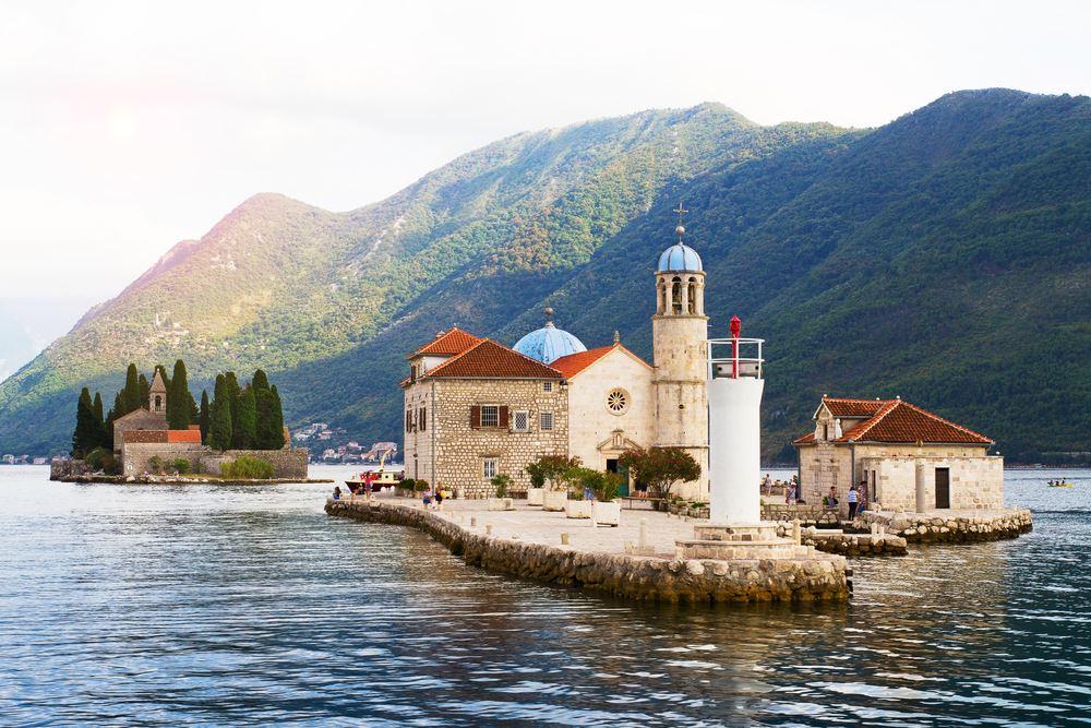 Regent Seven Seas Previews Excursions for Seven Seas Splendor Inaugural Season