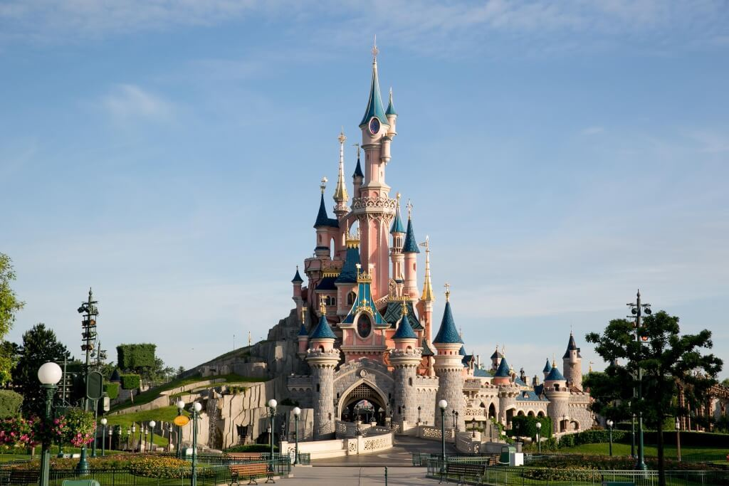 Disneyland Paris to Close After France Announces Lockdown