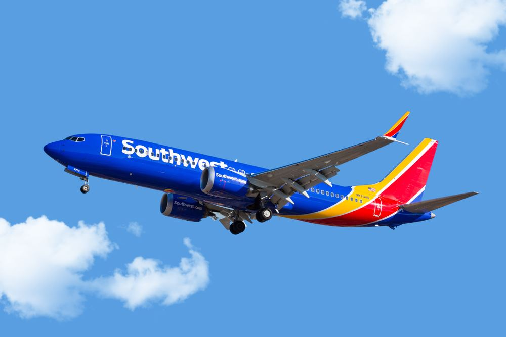 WiFi costs inflight Southwest Airlines American Airlines Delta
