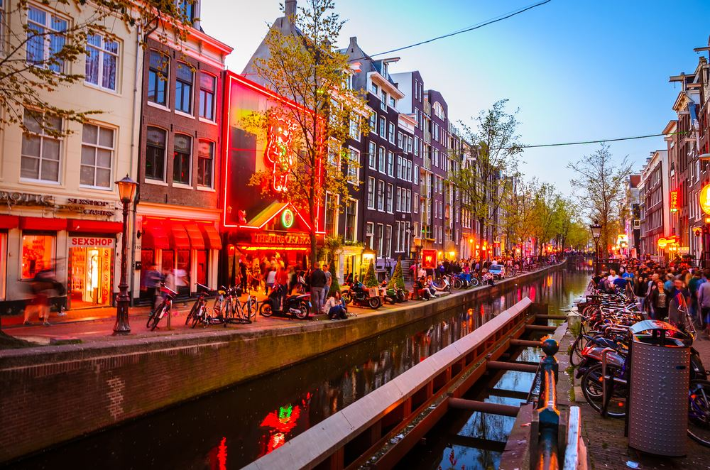 Amsterdam Holland The Netherlands Overtourism Crowded