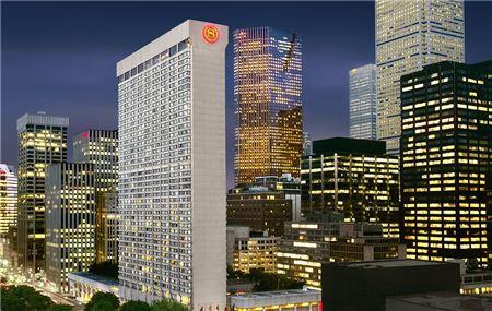 Marriott Outlines Plan to Open 1,700 Hotels