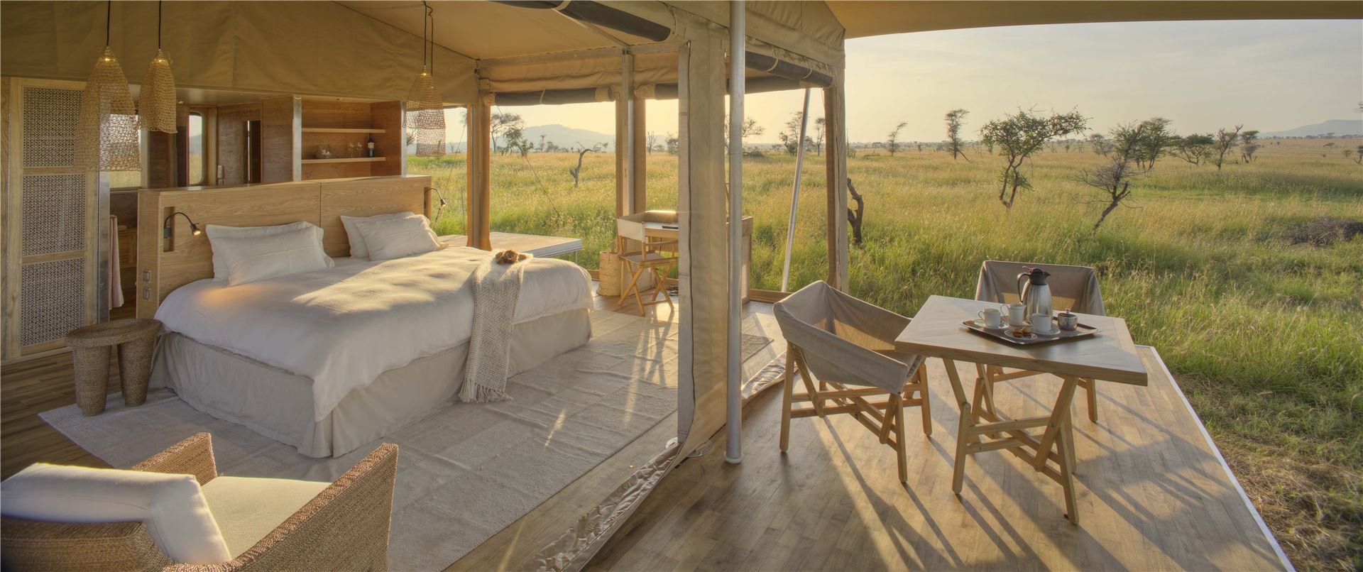 Roving Bushtops african travel safari places to stay on safari