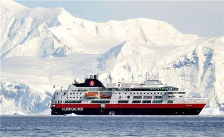 Hurtigruten Announces $100 Incentive to Travel Agents