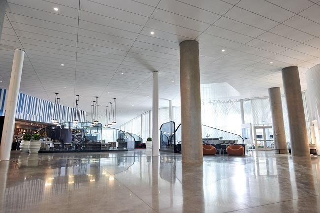Aventura hotel lobby universal orlando