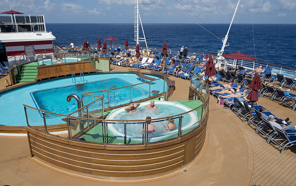 Carnival Cruise Line Has No Plans To Add Lifeguards