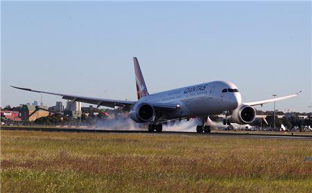 Qantas Completes World's Longest Nonstop Test Flight