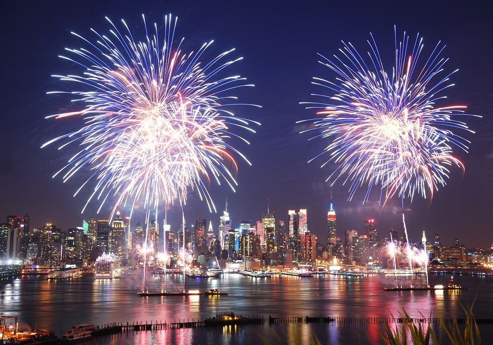 New York July 4th fireworks best places to see.