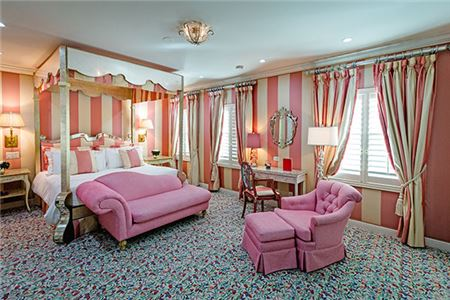 Historic Landmark Chesterfield Palm Beach Unveils Refurbished Presidential Suite