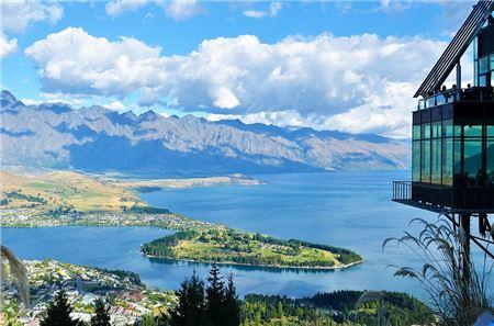 Tourism New Zealand Expands Specialist Program