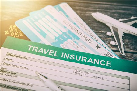 Despite Record Disruptions, Most Travelers Still Don't Opt for Insurance