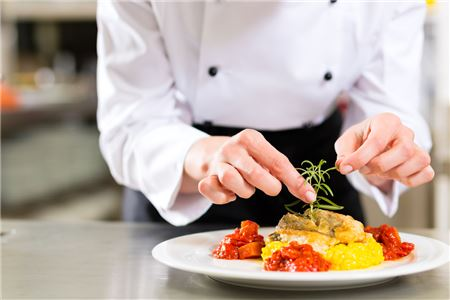 Fine Dining and Local Cuisine Essential to Luxury Vacations