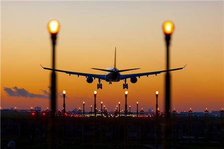 Airline Fares and Services Reach the Eve of Revolution