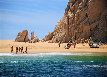 A Year Later, Los Cabos Tourists Have Forgotten 2017's Headlines