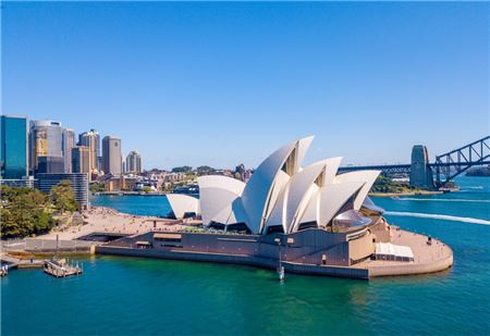 Advisors Get Firsthand Australia Feedback at New York Times Travel Show