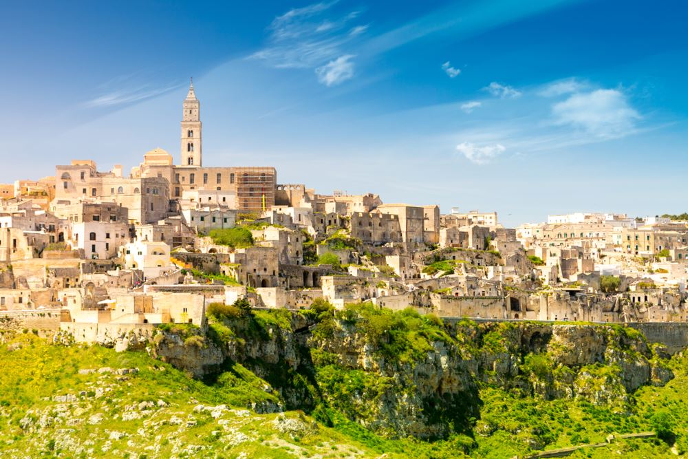 A Practical Guide to Italy's Small Miracle Called Matera; Maria Lisella; Travel Market Report