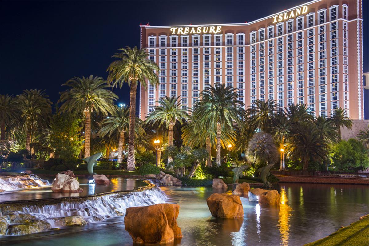 Vegas Treasure Island