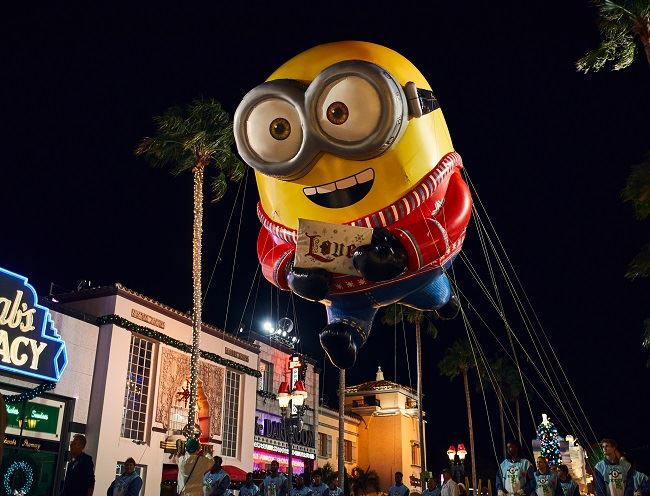 Universal Holiday Parade featuring Macy's