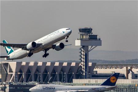 Cathay Pacific CEO Resigns Amid Chaotic Hong Kong Airport Protests