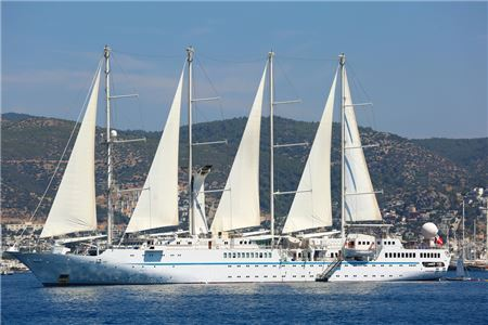 Windstar Cruises Adds Onboard Luggage Forwarding