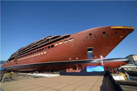 Ritz-Carlton Yacht Collection Floats Out First Ship