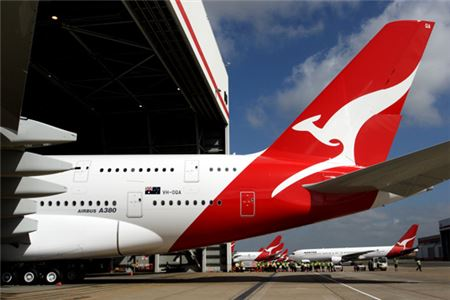 Australian Airline Qantas Will Cover Passport Fee with Ticket Purchase