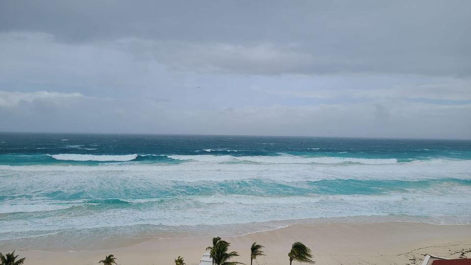 Hurricane Zeta Cancun Resort