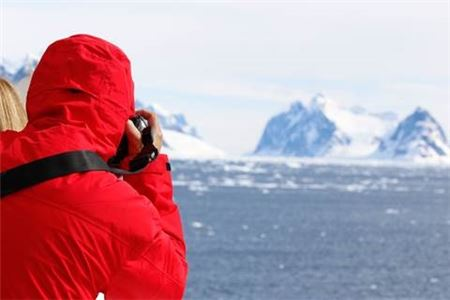 Silversea Cruises Launches New Antarctica Photography Academy