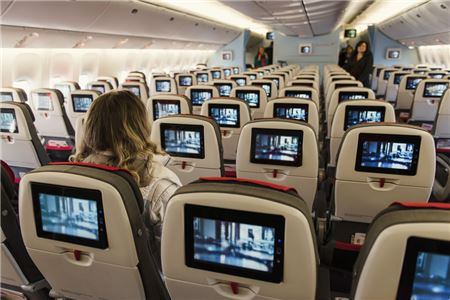 Major Airlines Duke It Out for Free Live TV Supremacy