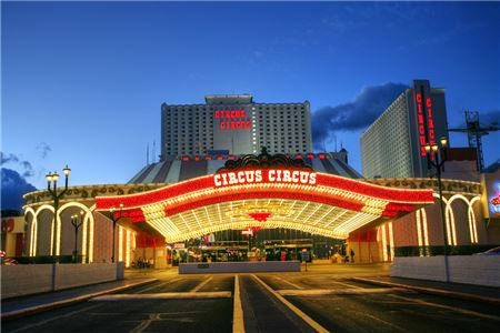 MGM Resorts Inks Deal to Sell Iconic Vegas Strip Resort Circus Circus