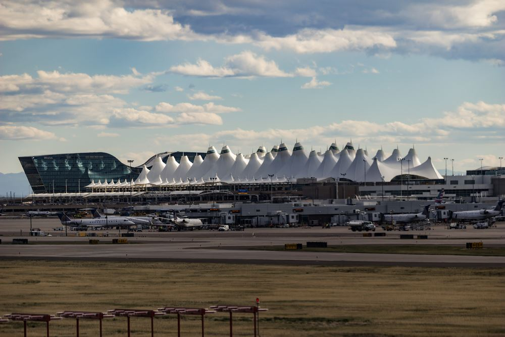Busy airports Thanksgiving travel days Denver International