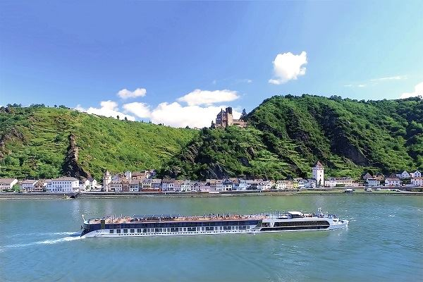 AmaWaterways Opens 2022 Bookings Early Because of High Demand