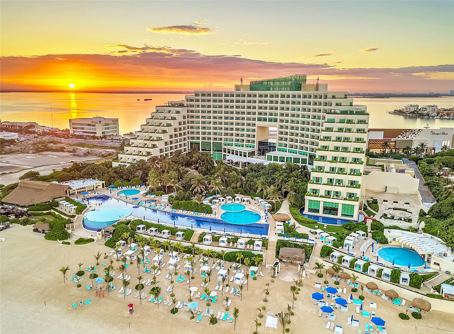 Live Aqua new hotel mexico
