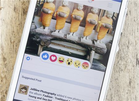 What Should Travel Agents Post on Social Media?