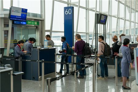 Travel Agencies Sold $8 Billion Worth of Air Tickets in September