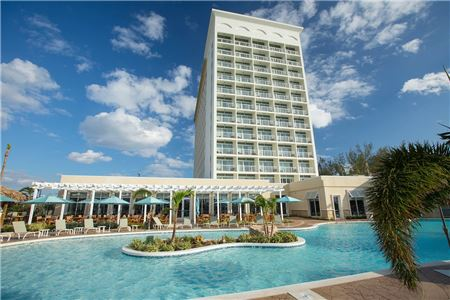 Warwick's First All-Inclusive Makes A Splash In The Bahamas