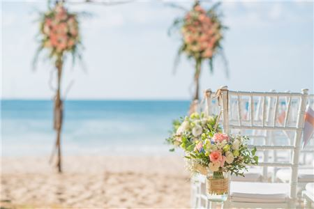 Can This Destination Wedding Be Saved?