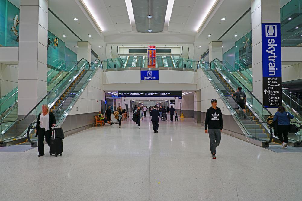 Airports longest wait times Miami International