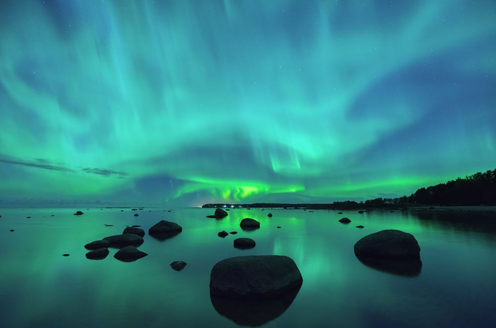 Aurora borealis northern lights over the Gulf of Finland. Photo: Shutterstock