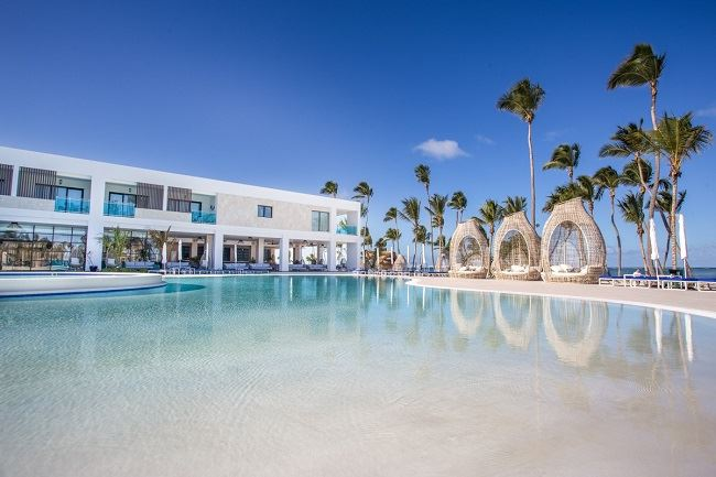 Advisors Earn Increased Commission on Spring Serenade Punta Cana Bookings
