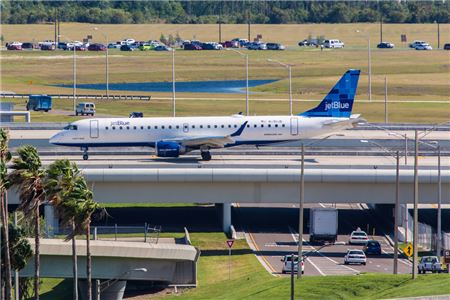 JetBlue Tests Carry-on Baggage Fee at Orlando International Airport