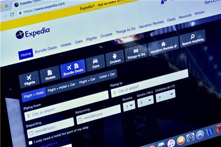 How One Travel Advisor Converted a Devoted Expedia User to an Agency Fan