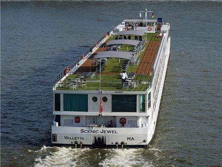 Scenic, Emerald Waterways Adopt Deposit Protection Plan